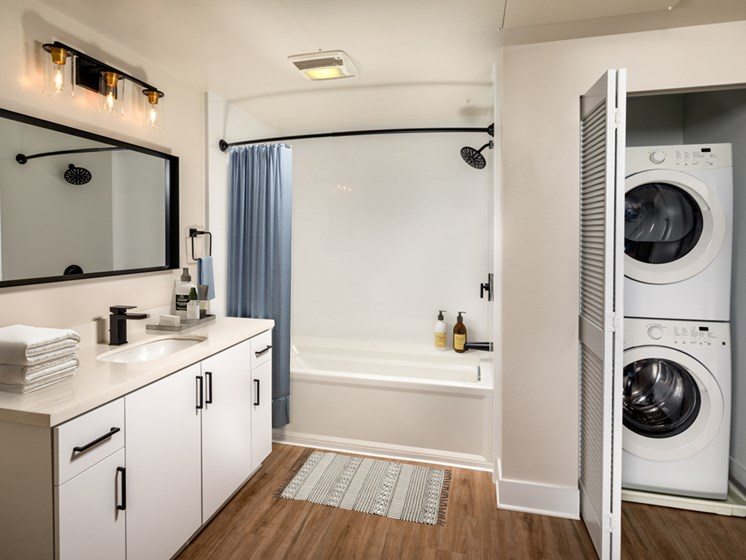 One_Bed_Primary_Bath_Laundry