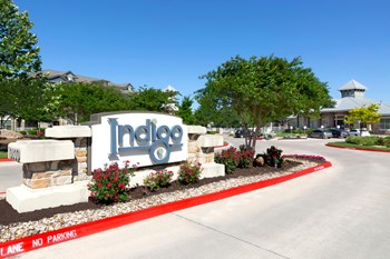 10800 Lakeline Blvd. 1-3 Beds Apartment for Rent Photo Gallery 1