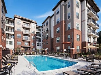 430 Allied Pl 2 Beds Apartment for Rent Photo Gallery 1