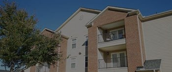101 Campus Suites Road 2-4 Beds Apartment for Rent Photo Gallery 1