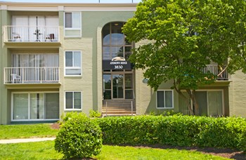 5635 Regency Park Court 1-4 Beds Apartment for Rent Photo Gallery 1