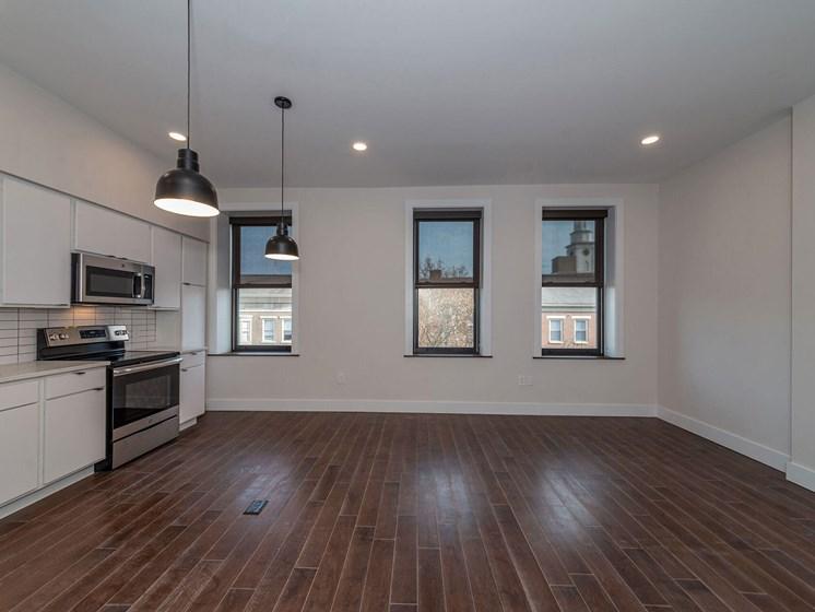 apartment kitchen area and hardwood floors_Columbia Flats Apartments, Cincinnati, OH
