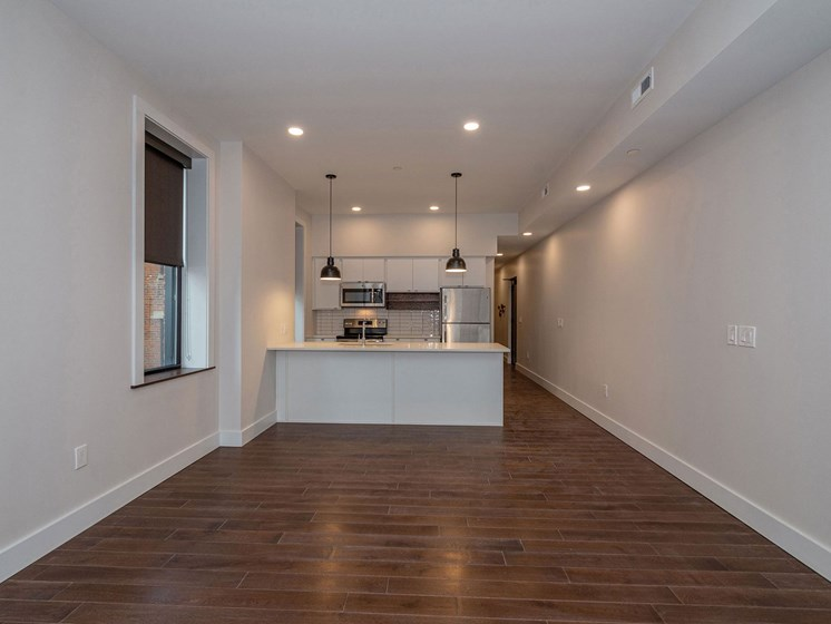 Apartment dining area unfurnished-Columbia Flats Apartments Cincinnati, OH