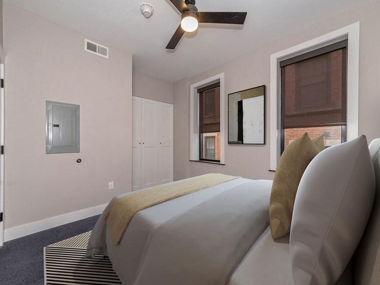 model apartment bedroom_Columbia Flats Apartments, Cincinnati, OH