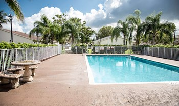 119 South Redland Road 2 Beds Apartment for Rent Photo Gallery 1