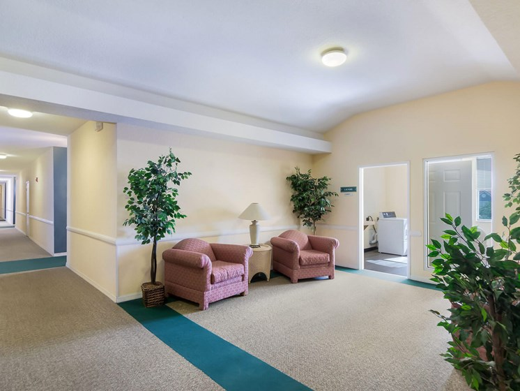 Apartment building lounge area_Lexington Club at Renaissance Square, Clearwater, FL