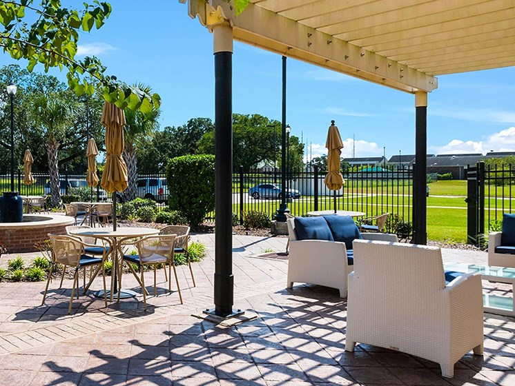 Outdoor courtyard-Marrero Commons, New Orleans, LA