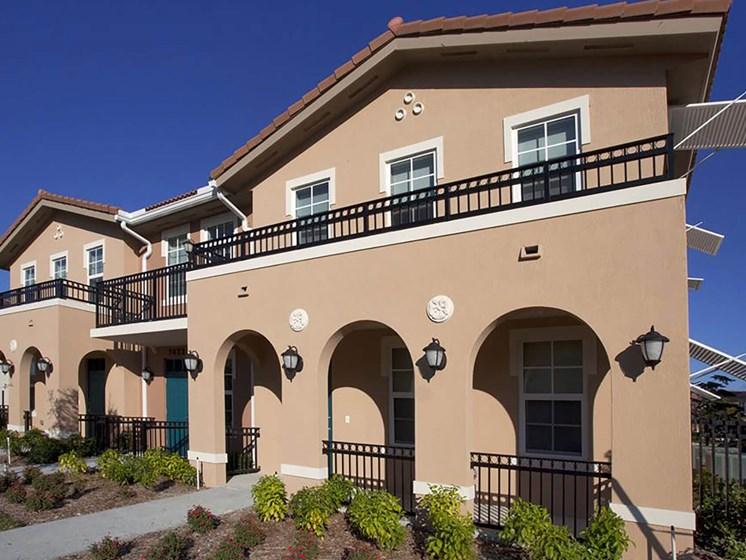 exterior apartment building_Northpark at Scott Carver Apartments Miami, FL