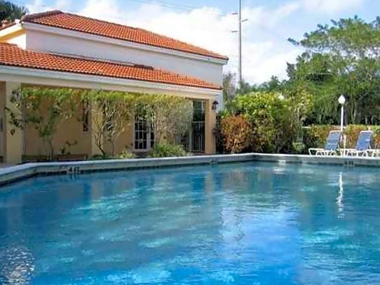 outdoor pool and leasing office_Riverwalk II Apartments, Homestead, FL