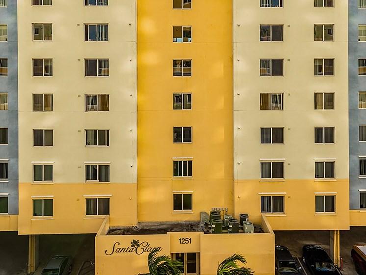 Apartment skyscraper building exterior-Santa Clara I Apartments, Miami, FL