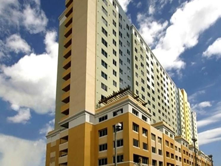 Santa Clara Apartments Miami, FL_exterior of building