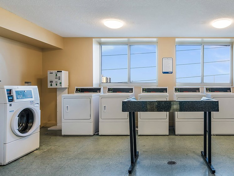 Laundry facility interior-Santa Clara II, Miami, FL
