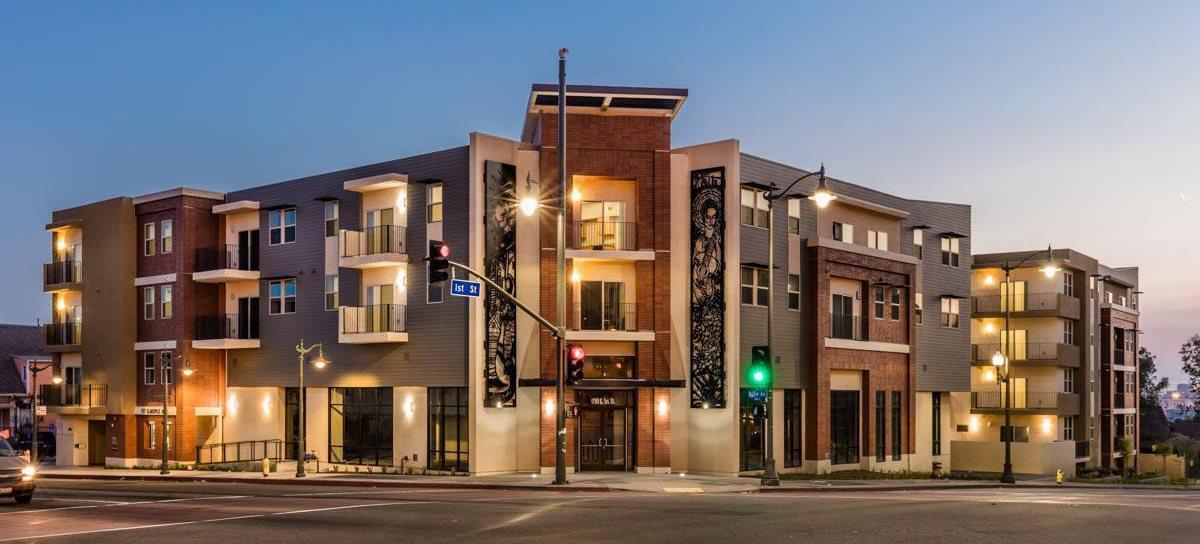 corner street view_Santa Cecilia, Los Angeles, CA