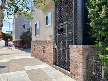 1640 Vallejo St. 1-2 Beds Apartment for Rent Photo Gallery 1