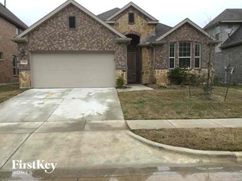 749 Bosley Drive 4 Beds House for Rent Photo Gallery 1