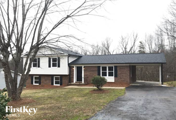 2350 Woodgreen Road 3 Beds House for Rent Photo Gallery 1