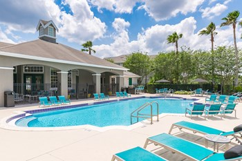 1024 Vizcaya Lake Road 1-2 Beds Apartment for Rent Photo Gallery 1