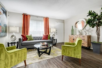 8155 Richmond Ave 1-2 Beds Apartment for Rent Photo Gallery 1