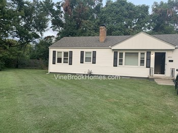 6911 Ralston Ave 3 Beds House for Rent Photo Gallery 1
