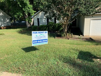 142 Hatteras Ln 3 Beds House for Rent Photo Gallery 1