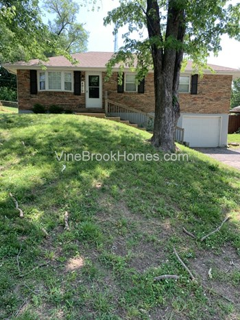 4919 N Newton Ave 3 Beds House for Rent Photo Gallery 1