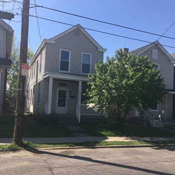 215 W 34Th St 2 Beds House for Rent Photo Gallery 1