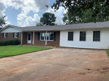 108 Woodmont Dr 3 Beds House for Rent Photo Gallery 1