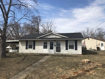 2702 Niagara St 3 Beds House for Rent Photo Gallery 1