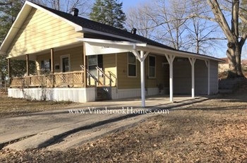 613 Church St 2 Beds House for Rent Photo Gallery 1