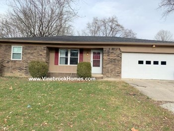 11240 Moores Cir 3 Beds House for Rent Photo Gallery 1
