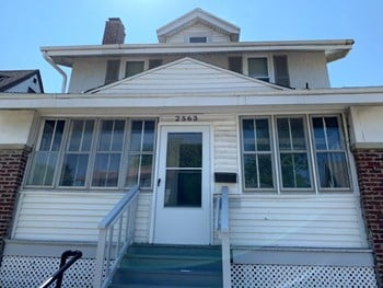2563 N Hubbard St 3 Beds House for Rent Photo Gallery 1