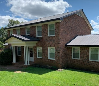 524 Innsbrook Dr 6 Beds House for Rent Photo Gallery 1