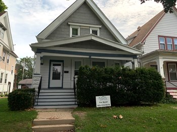 2124 S 28Th St 4 Beds House for Rent Photo Gallery 1