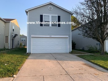 668 Fern St 3 Beds House for Rent Photo Gallery 1