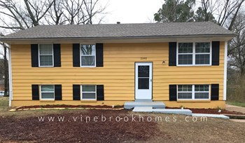 2393 Millbrook Ave 3 Beds House for Rent Photo Gallery 1