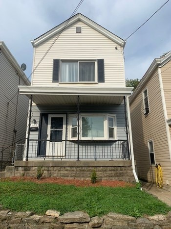 408 Kenton St 2 Beds House for Rent Photo Gallery 1