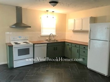 5603 Stella Cir 3 Beds House for Rent Photo Gallery 1