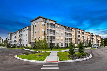 16554 Cagan Crossings Blvd 1-2 Beds Apartment for Rent Photo Gallery 1