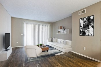 7600 Ambergate Pl 1 Bed Apartment for Rent Photo Gallery 1