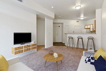 135 South 500 West 1-2 Beds Apartment for Rent Photo Gallery 1