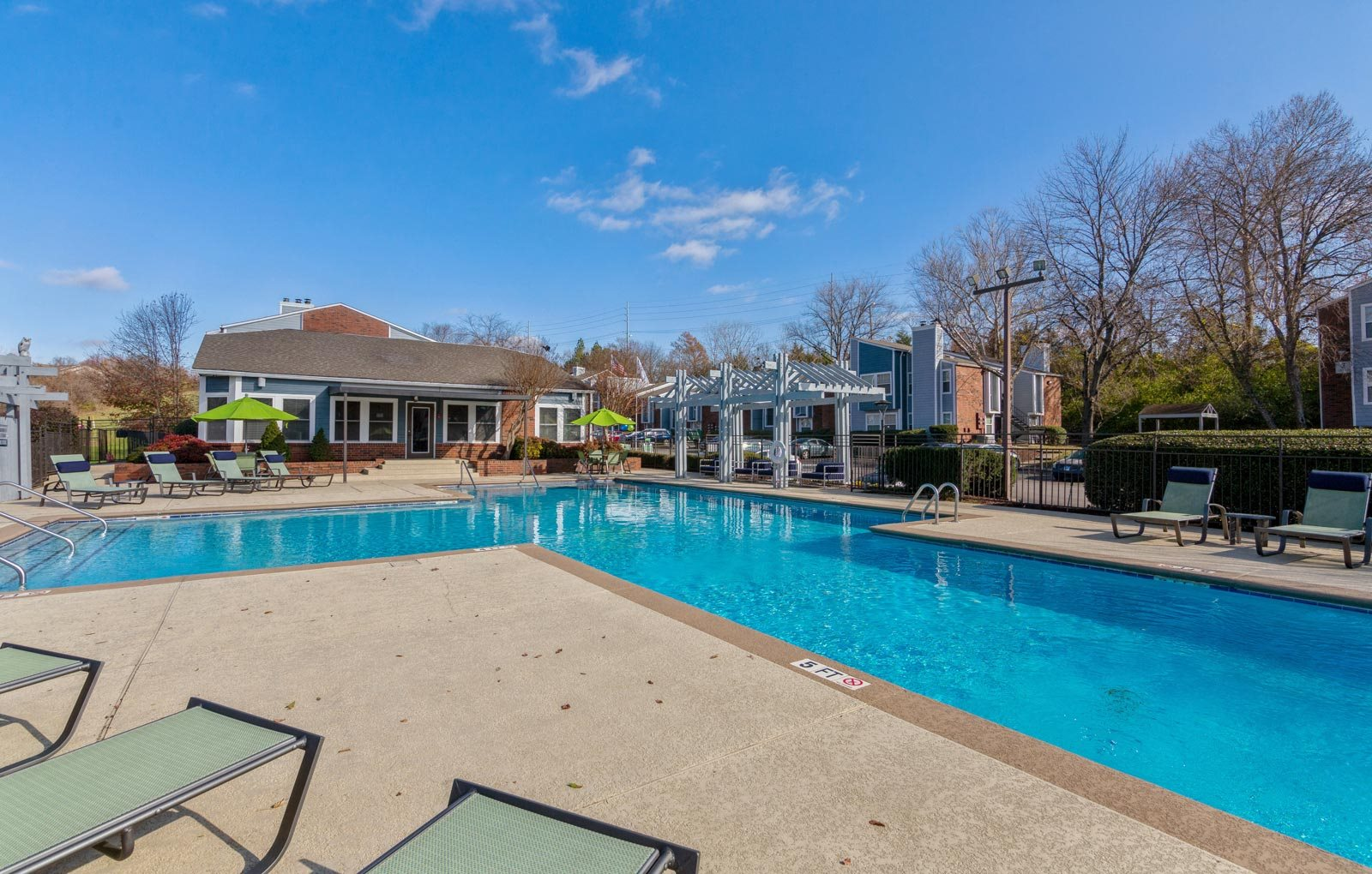 Resort style swimming pool at Abbington Heights Apartments