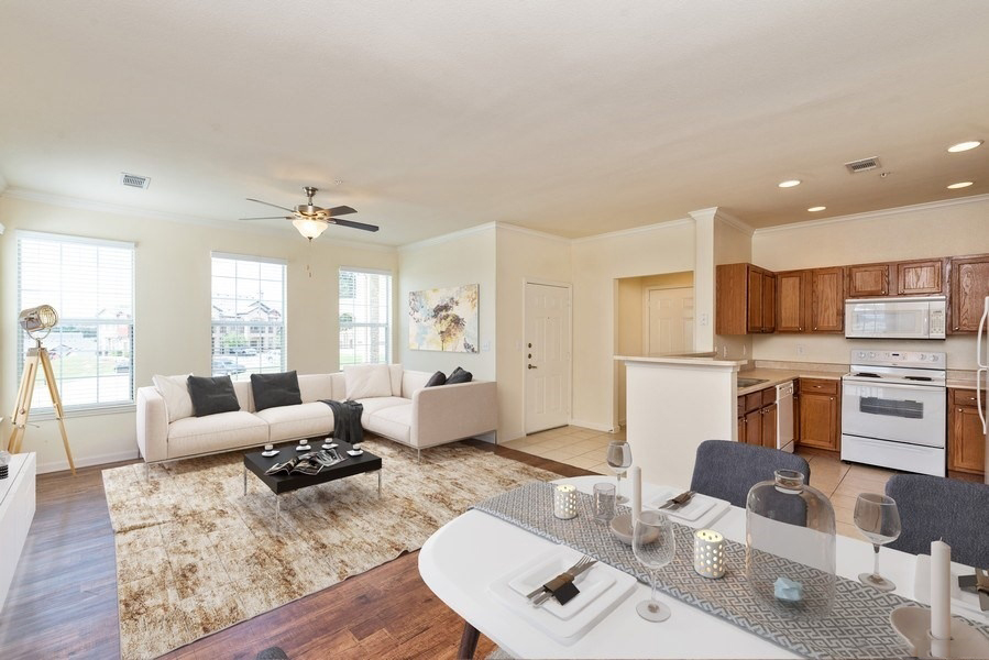 Regency At Stone Oak Apartments In San Antonio Tx