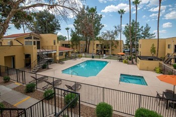 7400 E. Golf Links Road Studio-2 Beds Apartment for Rent Photo Gallery 1