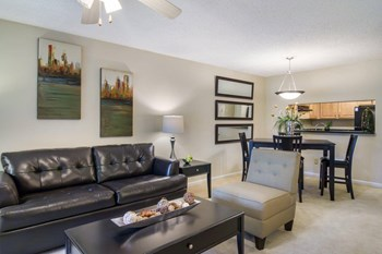 6710 Collins Road 3 Beds Apartment for Rent Photo Gallery 1