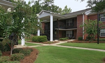 741 15Th Court NW 1 Bed Apartment for Rent Photo Gallery 1