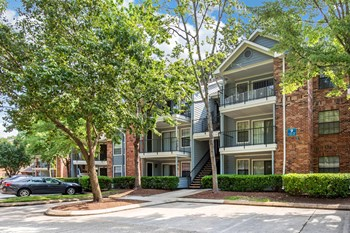 550 St. Michaels Way 1-2 Beds Apartment for Rent Photo Gallery 1