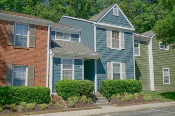 9258 Hanover Crossing Dr 2 Beds Apartment for Rent Photo Gallery 1