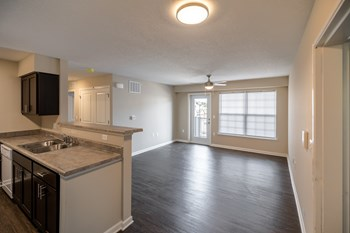 69 Miller Ave 1-3 Beds Apartment for Rent Photo Gallery 1