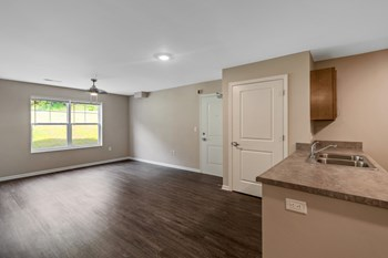 13000 Winchester Rd SW 2-3 Beds Apartment for Rent Photo Gallery 1
