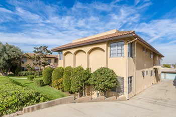 1808 Spreckels Lane 1-2 Beds Apartment for Rent Photo Gallery 1